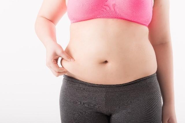 皮下脂肪を落とす食事や方法はコレ!サプリや漢方薬・筋トレは有効?