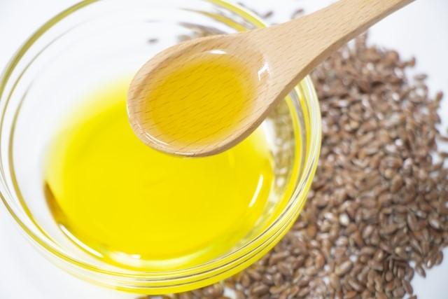 亜麻仁油ダイエットの効果とやり方【摂り方やベストな時間帯】