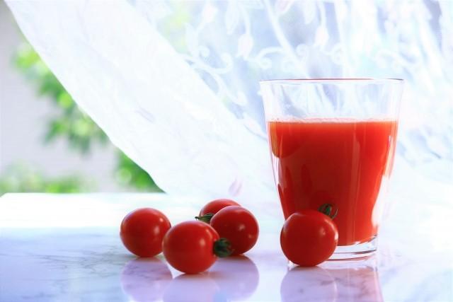 トマトジュースダイエットはオリーブオイル入りが効果的?