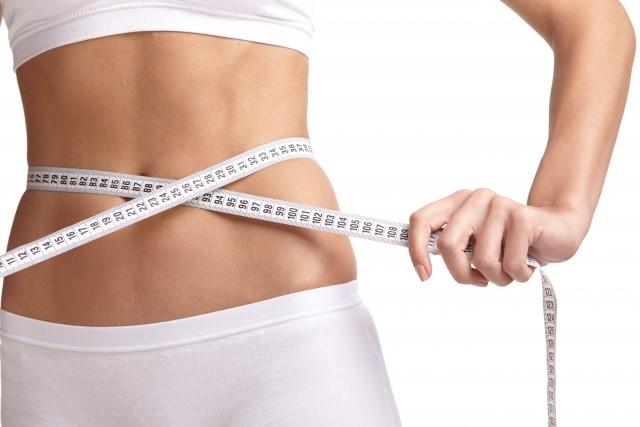 呼吸法ダイエットは腹筋に効果?やり方や芸能人の事例と口コミ!
