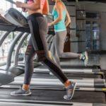 その場ジョギングダイエットは膝・太ももを上げて!体力もつく?